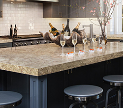 Cambria Countertops Nottingham™ Natural Stone Surface – Complementary Designs: Cambria Black™ and Hazelford™